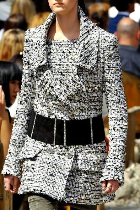 details @ Chanel Fall 2013 Couture